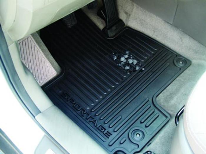 Kia Sportage Rubber Floor Mats (L086)