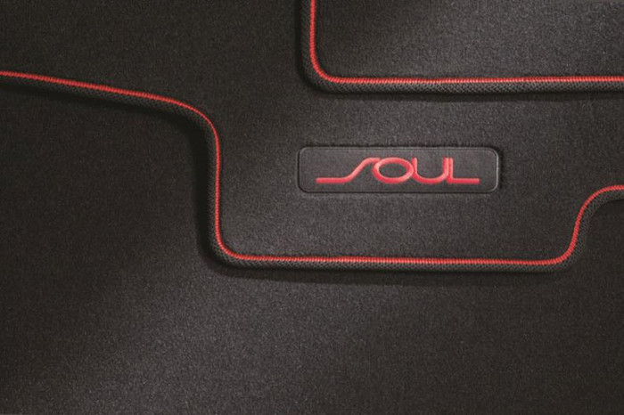 Kia Soul Floor Mats - Red Logo (G092)