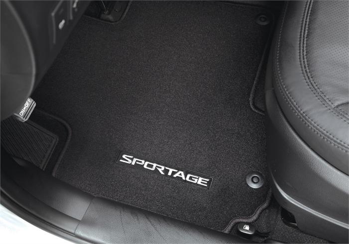 Kia Sportage Floor Mats (L088)