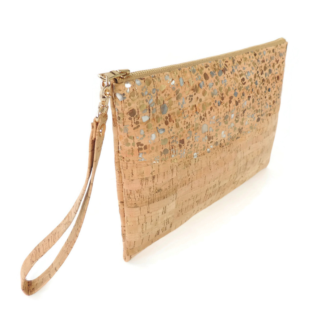 Smile Clutch in Metallic Pebble Cork