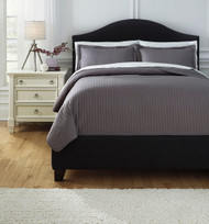 Raleda Gray Queen Coverlet Set