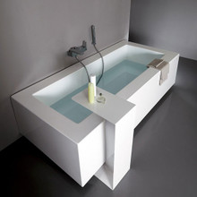 Grande Bathtub