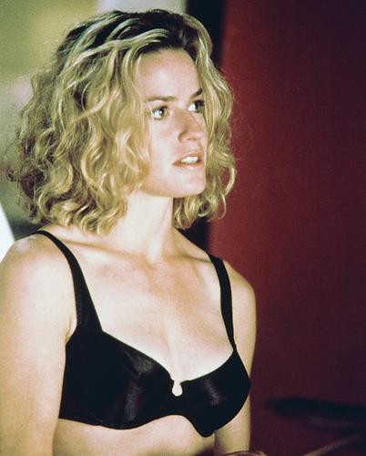 This is an image of 216989 Elisabeth Shue Photograph & Poster