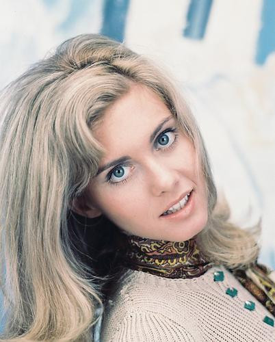 This is an image of 222799 Olivia Newton-John Photograph & Poster