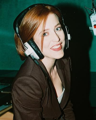 This is an image of 234449 Gillian Anderson Photograph & Poster