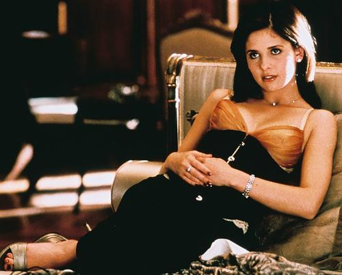 This is an image of 236321 Sarah Michelle Gellar Photograph & Poster
