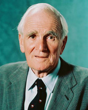 This is an image of 237636 Desmond Llewelyn Photograph & Poster