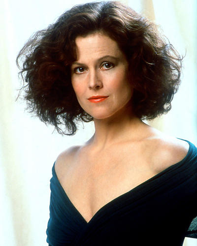 This is an image of 227575 Sigourney Weaver Photograph & Poster