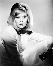 This is an image of 167814 Faye Dunaway Photograph & Poster