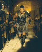 This is an image of 242075 Russell Crowe Photograph & Poster