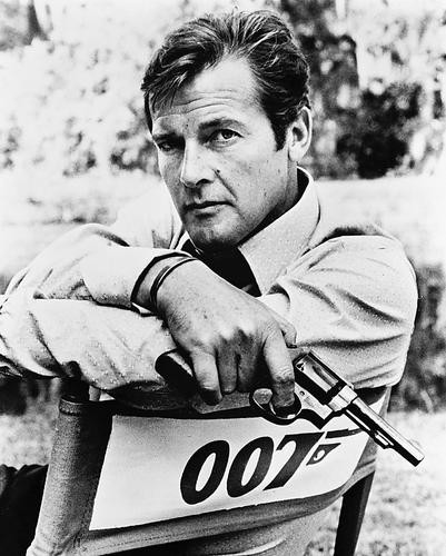 This is an image of 170506 Roger Moore Photograph & Poster