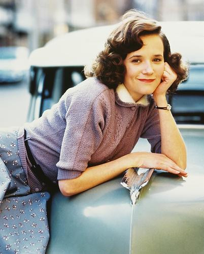 This is an image of 243146 Lea Thompson Photograph & Poster