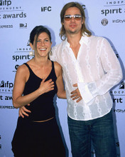 This is an image of 255086 Brad Pitt & Jennifer Aniston Photograph & Poster