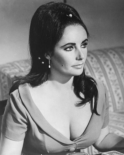 This is an image of 172588 Elizabeth Taylor Photograph & Poster