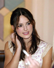 This is an image of 256197 Keira Knightley Photograph & Poster