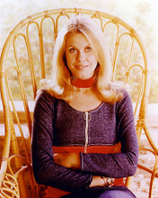 This is an image of 265614 Elizabeth Montgomery Photograph & Poster