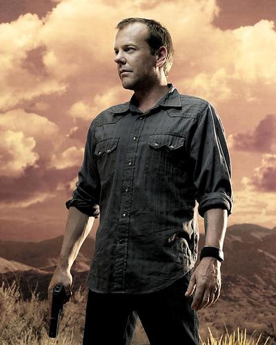 This is an image of 269869 Kiefer Sutherland Photograph & Poster
