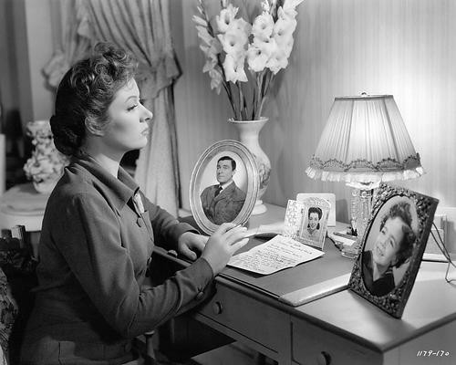 This is an image of 194753 Greer Garson Photograph & Poster