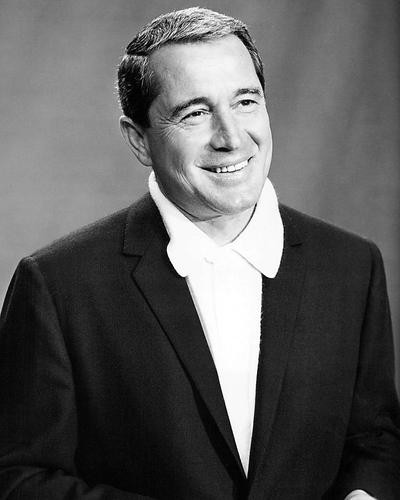 This is an image of 194227 Perry Como Photograph & Poster