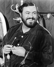 This is an image of 194366 Luciano Pavarotti Photograph & Poster