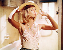 This is an image of 231218 Faye Dunaway Photograph & Poster