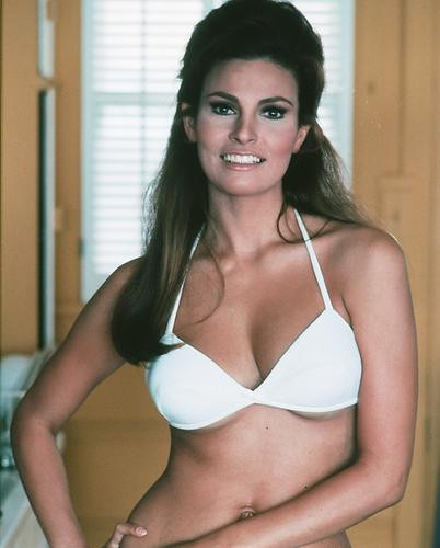 This is an image of 251385 Raquel Welch Photograph & Poster