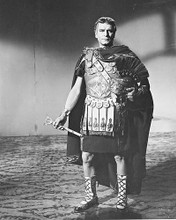 This is an image of 170380 Laurence Olivier Photograph & Poster