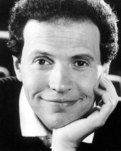 This is an image of Photograph & Poster of Billy Crystal 194812