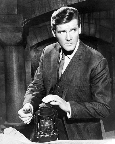 This is an image of Photograph & Poster of Roger Moore 195099