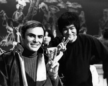 This is an image of Photograph & Poster of Enter the Dragon 195135