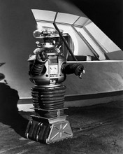 This is an image of Photograph & Poster of Lost in Space 195138