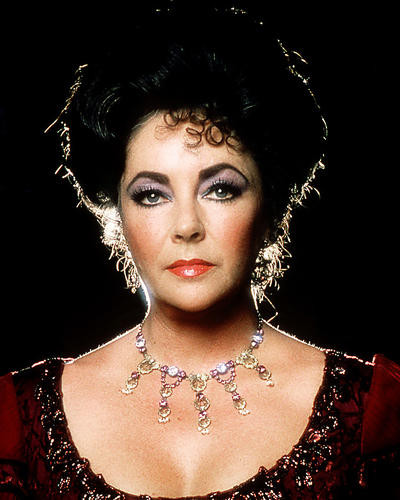 This is an image of Photograph & Poster of Elizabeth Taylor 285090