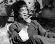 This is an image of Photograph & Poster of Bruce Lee 195525