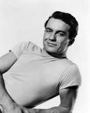 This is an image of Photograph & Poster of Cliff Robertson 195554
