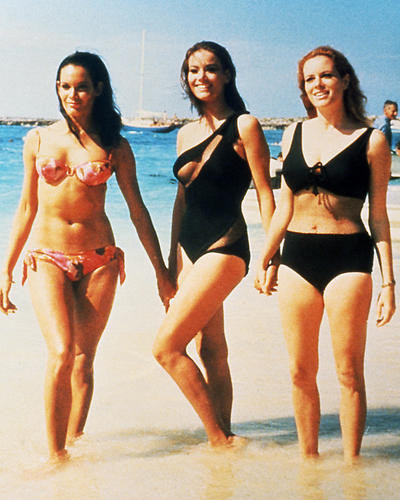 This is an image of Photograph & Poster of Thunderball 285556