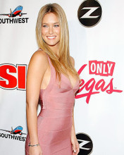 This is an image of Photograph & Poster of Bar Refaeli 285417