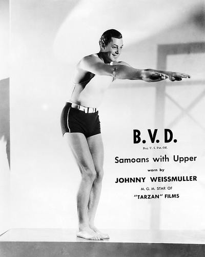 This is an image of Photograph & Poster of Johnny Weissmuller 199393