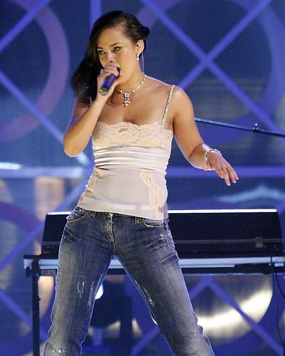 This is an image of Photograph & Poster of Alicia Keys 290647
