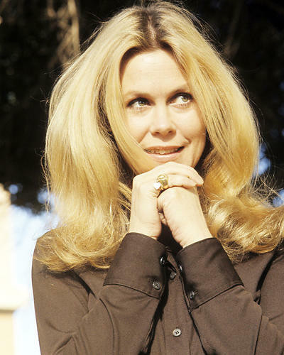 This is an image of Photograph & Poster of Elizabeth Montgomery 291973