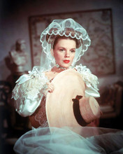 This is an image of Photograph & Poster of Judy Garland 291530