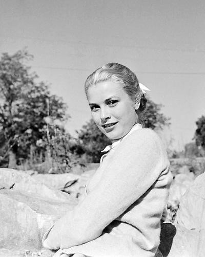 This is an image of Photograph & Poster of Grace Kelly 199644