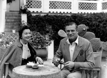 This is an image of Photograph & Poster of Laurence Olivier and Vivien Leigh 199651