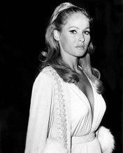 This is an image of Photograph & Poster of Ursula Andress 199594