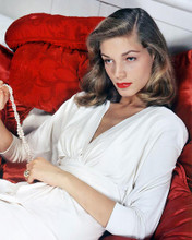 This is an image of Photograph & Poster of Lauren Bacall 291673