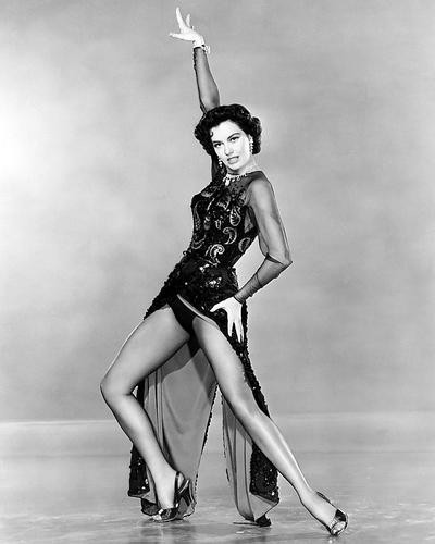 This is an image of Photograph & Poster of Cyd Charisse 199794