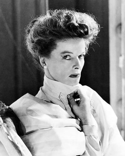 This is an image of Photograph & Poster of Katharine Hepburn 199804