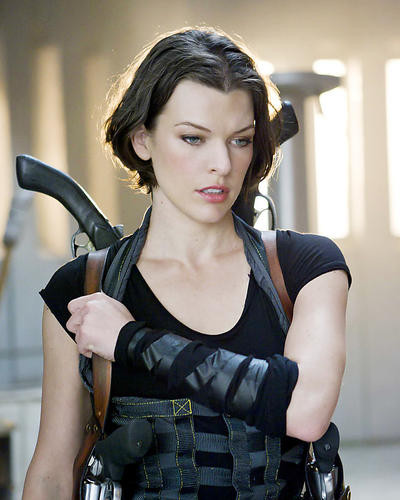 This is an image of Photograph & Poster of Milla Jovovich 291898