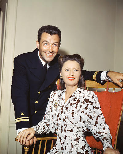 This is an image of Photograph & Poster of Robert Taylor 291847