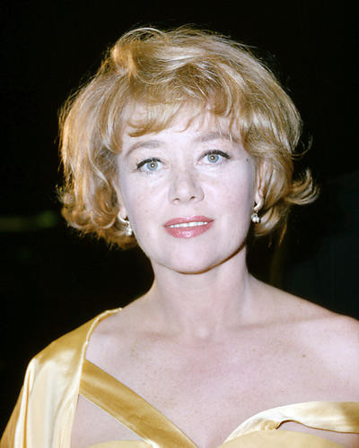 This is an image of Photograph & Poster of Glynis Johns 292066