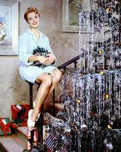 This is an image of Photograph & Poster of Shirley Jones 292437